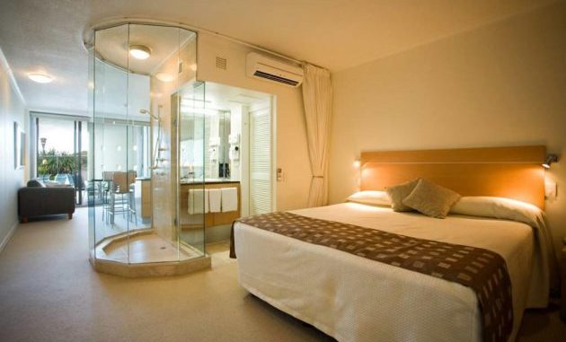 Outstanding And Fully Functional Bedroom And Bathroom ...