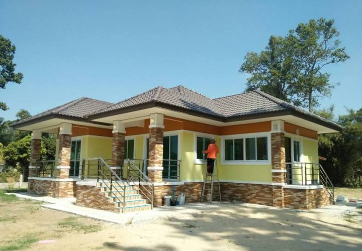 Would You Consider This Bungalow To Be Your Home Check It Out Cool House Concepts